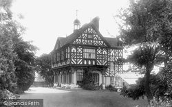 Grange Court House 1904, Leominster