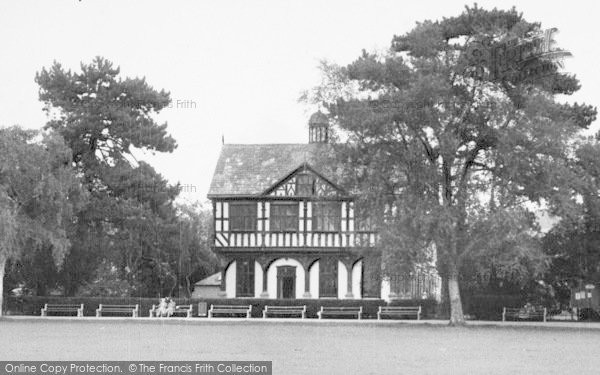 Photo of Leominster, The Grange c.1955