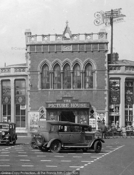Photo of Leominster, the Picture House, Corn Square 1936