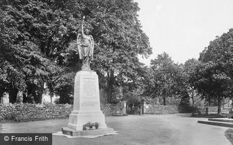 Leominster, the War Memorial 1925