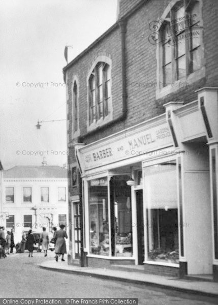 Photo of Leominster, Victoria Street c.1950