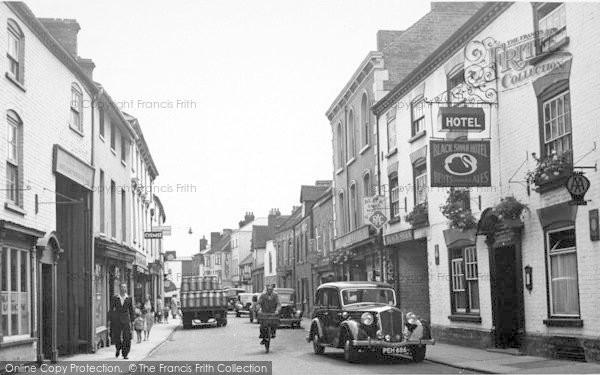 Photo of Leominster, West Street c.1950