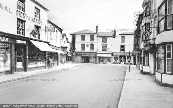 Photo of Leominster, West Street c.1960