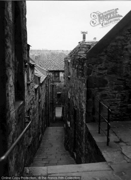 Photo of Lerwick, Burns Lane c.1955