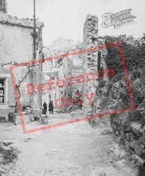 c.1939, Les Baux-De-Provence