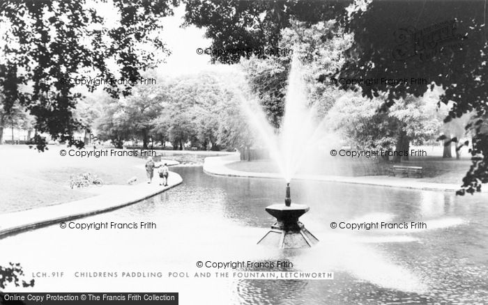 Photo of Letchworth, Children's Paddling Pool And The Fountain c.1965