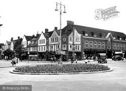 Letchworth, Eastcheap And Leys Avenue c.1950