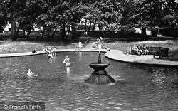 Letchworth, The Paddling Pool, Howard Park c.1950