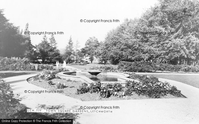Photo of Letchworth, Town Square Gardens c.1960