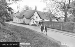 Thatched Cottage c.1960, Letcombe Regis