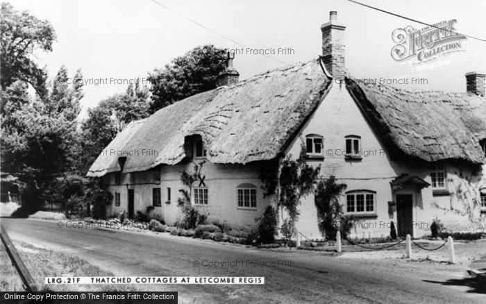 Photo of Letcombe Regis, Thatched Cottages c.1960