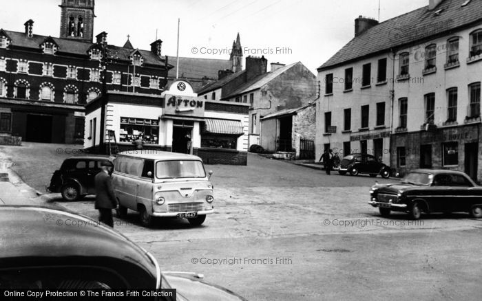 Photo of Letterkenny, Market Square c.1960