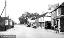 Main Road c.1955, Leven