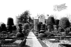 c.1900, Levens