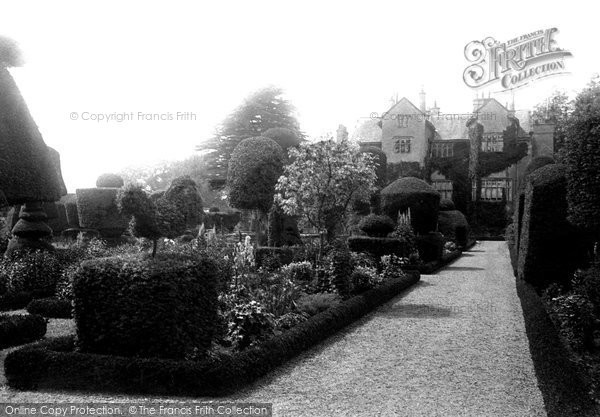 Levens, the Hall and Gardens 1891.  (Neg. 28627)  © Copyright The Francis Frith Collection 2008. http://www.francisfrith.com
