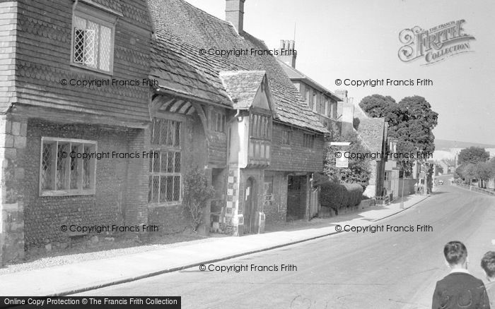 Photo of Lewes, Anne Of Cleves House c.1950