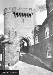 Lewes, Bar Gate c.1965