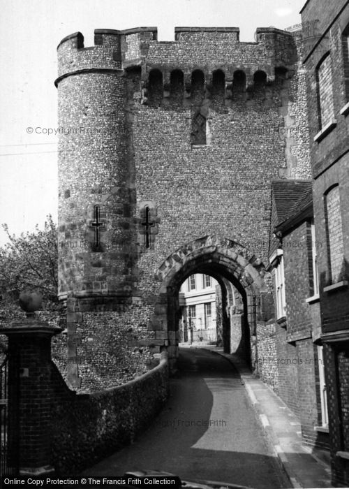 Photo of Lewes, Barbican Tower c.1955