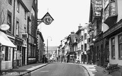 Lewes, High Street c.1955