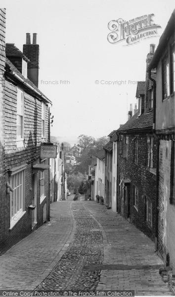 Photo of Lewes, Keere Street c.1960