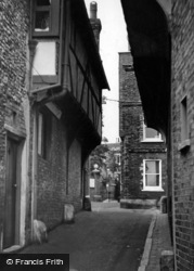 Lewes, Old Town c.1950