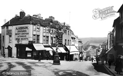 Lewes, School Hill 1903