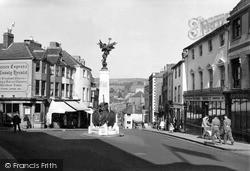 Lewes, School Hill c.1955