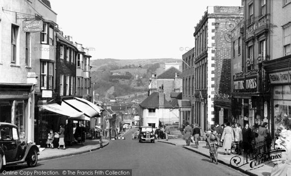 Photo of Lewes, School Hill c.1955