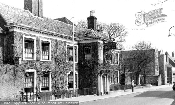 Photo of Lewes, Shelleys Hotel c.1955