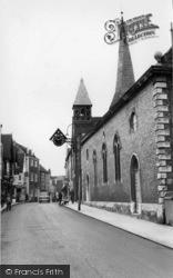 Lewes, St Michael's Church c.1965