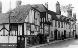 Lewes, The 15th Century House c.1955