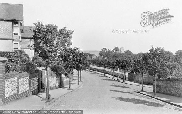 Photo of Lewes, The Avenue 1921