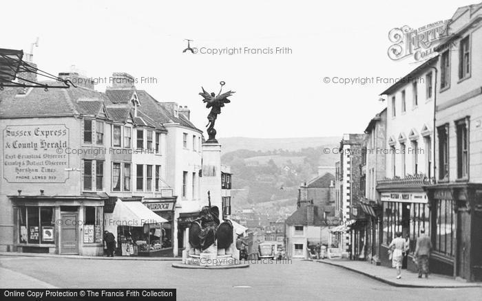 Photo of Lewes, The War Memorial c.1950