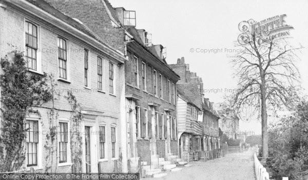 Photo of Lewisham, Exchequer Place c.1900