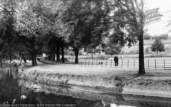 Photo of Lewisham, Ladywell Recreation Ground c1960
