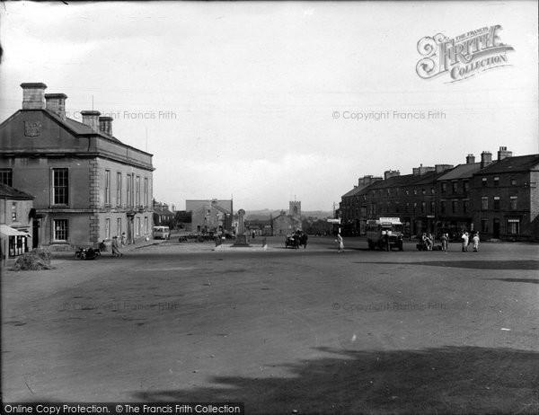 Photo of Leyburn, Market Place 1929