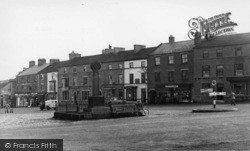 Leyburn, Market Place c.1955