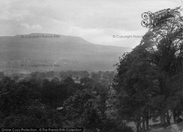 Photo of Leyburn, Penhill 1923