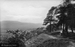 Leyburn, Shawl 1896