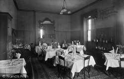 Leyburn, The Dining Room, Golden Lion Hotel 1934