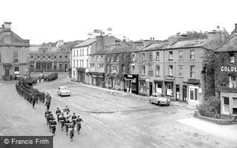 Leyburn, the Market Place c1960
