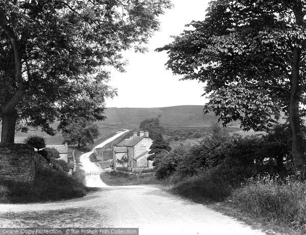 Photo of Leyburn, The Moor Road To Richmond 1924