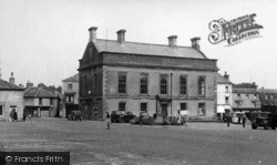 Leyburn, The Town Hall And Market Place c.1955