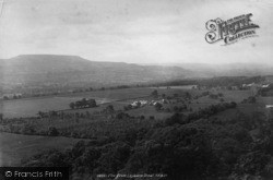 Leyburn, View From The Shawl 1896