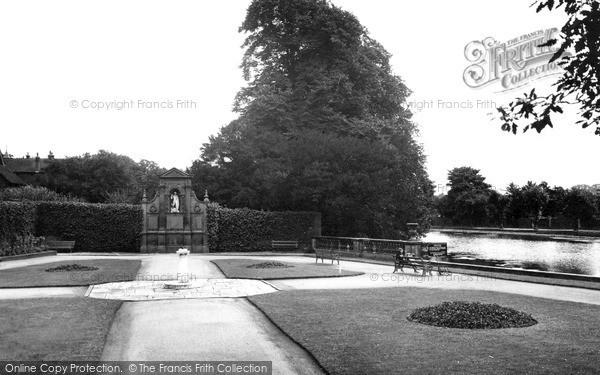 Photo of Lichfield, Gardens Of Remembrance c.1955
