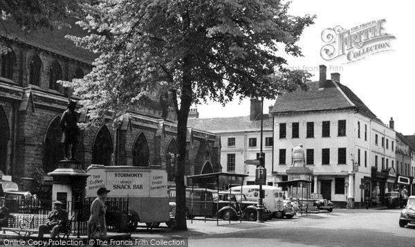 Lichfield, Market Square c1955