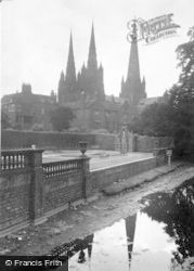 Lichfield, Minster Pool And Cathedral c.1950