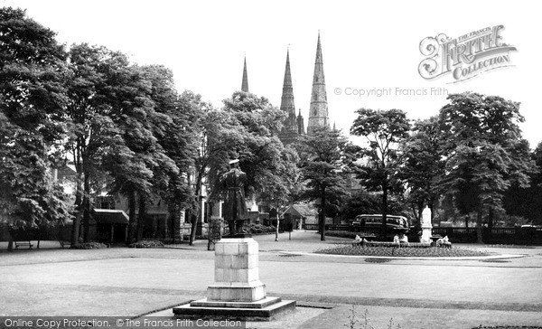 Photo of Lichfield, Museum Gardens c.1955