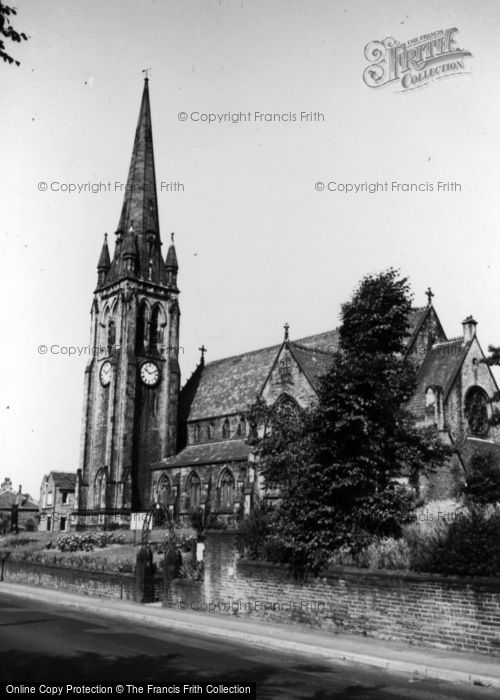 Photo of Lightcliffe, Congregational Church c.1965