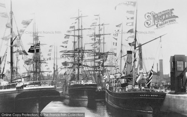 Photo of Limehouse, Ships In Regent's Canal Dock c.1900